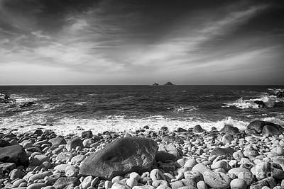 Rocky Shore Print by Chris Thaxter