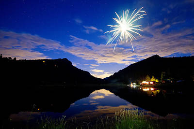 Corporate Art Photograph - Rollinsville Yacht Club Fireworks Private Show 52 by James BO  Insogna