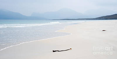 2010 Photograph - Traigh Rosamol Isle Of Harris by Janet Burdon