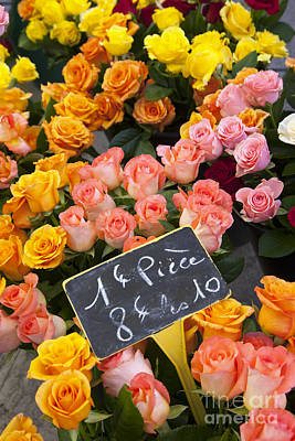 Europe Provence Aix-en-provence Photograph - Roses At Flower Market by Brian Jannsen
