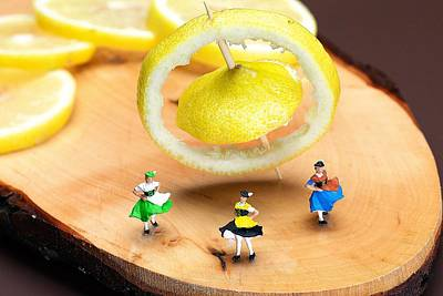 Macro Photograph - Rotating Dancers And Lemon Gyroscope Food Physics by Paul Ge