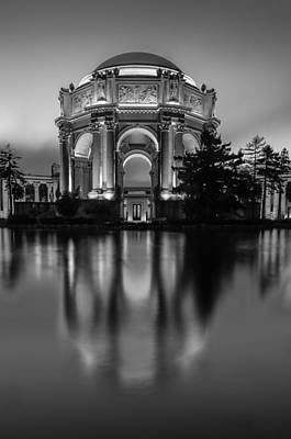 Ds3 Photograph - Rotunda Reflection by Dan Shehan Photography D3CityPics