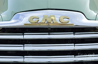 Fun Show Photograph - Route 66 Gmc by Bob Christopher