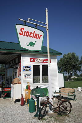 Route 66 - Sinclair Station Print by Frank Romeo