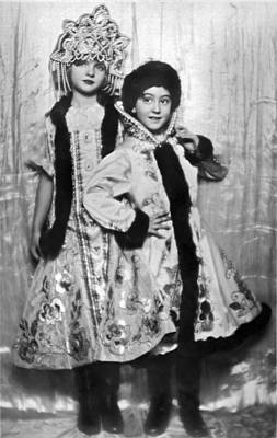 Aristocrat Photograph - Royal Children Dance Team by Underwood Archives