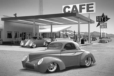 Motel Digital Art - Roy's Gas Station 2bw by Mike McGlothlen