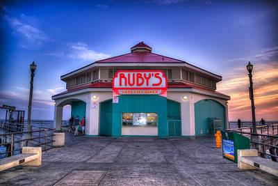 Ruby's Diner On The Pier Print by Spencer McDonald