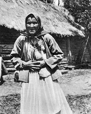 Babushka Photograph - Russian Famine, 1921 by Granger