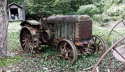 Rusted Mc Cormick-deering Tractor And Shed Print by Michael Spano