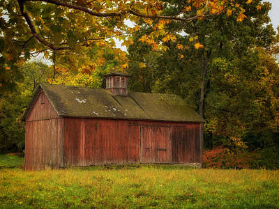 Rustic Kent Hollow Barn Print by John Vose