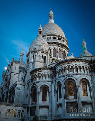 Sacre Coeur Photograph - Sacre-coeur At Night by Inge Johnsson