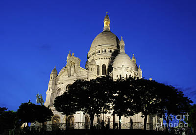 Sacre Coeur Photograph - Sacre Coeur Evening by Colin Woods