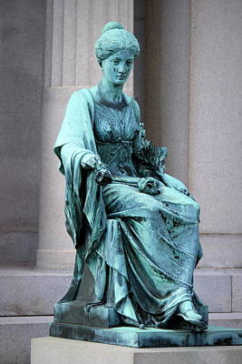 Metairie Cemetery Photograph - Sad Lady by Beth Vincent