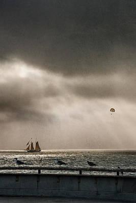 Solar Eclipse Digital Art - Sailing In Venice Beach California by Eduardo Tavares