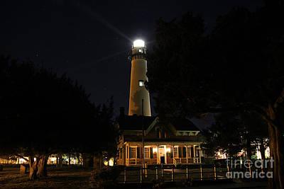 Saint Simons Lighthouse Print by Leslie Kirk