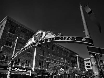 Gas Lamp Photograph - San Diego - Gaslamp Quarter 001 Bw by Lance Vaughn