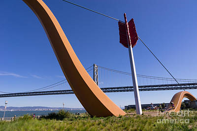 San Francisco Cupids Span Sculpture At Rincon Park On The Embarcadero Dsc1813 Print by Wingsdomain Art and Photography