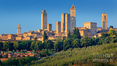 Tuscan Hills Photograph - San Gimignano Skyline by Inge Johnsson