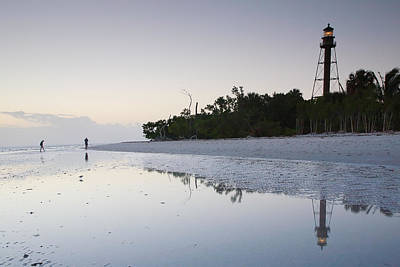 Sanibel Lighthouse II Print by Steven Ainsworth