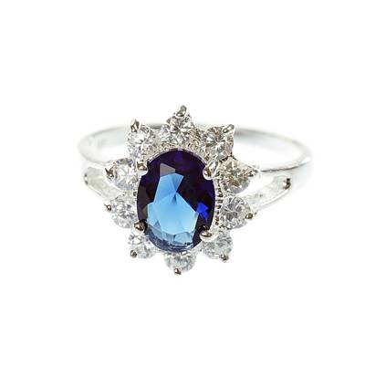 Diamond Engagement Ring Photograph - Sapphire Ring by Science Photo Library