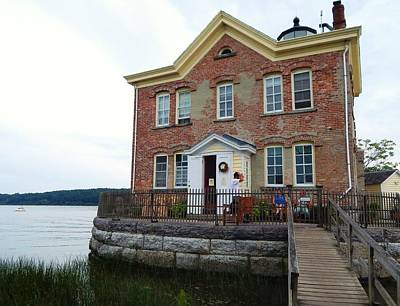Saugerties Photograph - Saugerties Lighthouse by Judy Genovese
