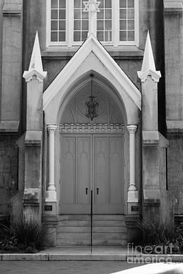 Photograph - Savannah Synagogue B by Jennifer Apffel