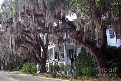 Savannah Pink Surreal Photograph - Savannah Victorian Mansion Hanging Moss Trees by Kathy Fornal