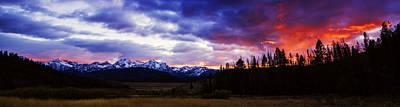 Sawtooth Mountain Art Photograph - Sawtooth Sunset Panorama by Vishwanath Bhat