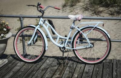 Beach Cruiser Photograph - Schwinn Beach Cruiser by Susan Candelario