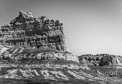 Wagon Train Photograph - Scotts Bluff National Monument by Robert Frederick