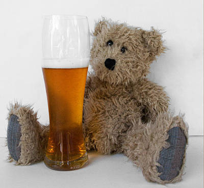 Beer Photograph - Scruffy Bear India Pale Ale by William Patrick