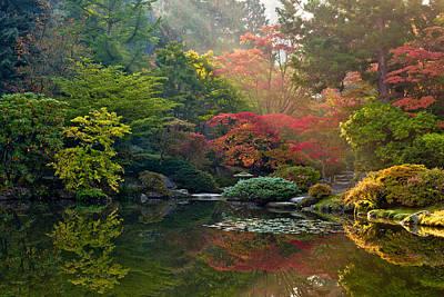 Fall Foliage Photograph - Seattle Japanese Garden Light by Thorsten Scheuermann