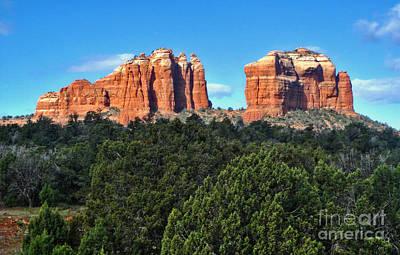 Sedona Arizona Mountains - 04 Print by Gregory Dyer