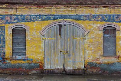 Portal Photograph - Shaniko, Oregon, Usa by Art Wolfe