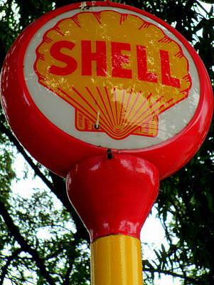 Shell Sign Photograph - Shell Post Sign by Randall Weidner