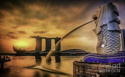 Singapore Landmark Merlion  Print by Anek Suwannaphoom