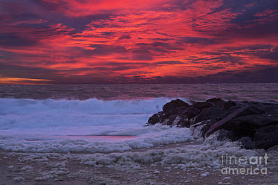 Getty Photograph - Sky On Fire In Lewes by Robert Pilkington