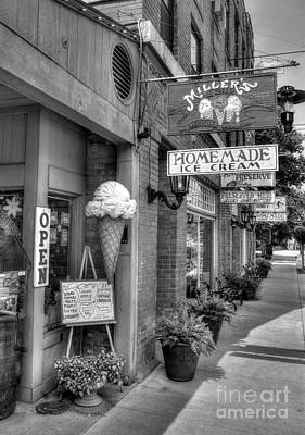 Indiana Scenes Photograph - Small Town America 2 Bw by Mel Steinhauer