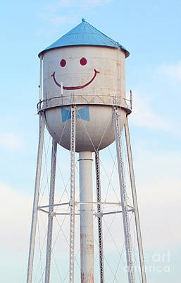 Photograph - Smiley The Water Tower by Steve Augustin