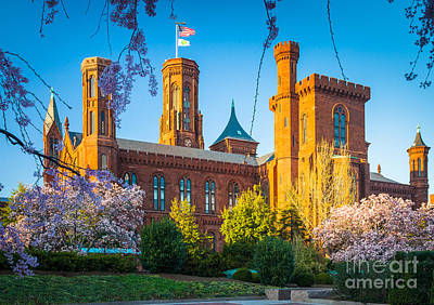 District Of Columbia Photograph - Smithsonian Castle by Inge Johnsson