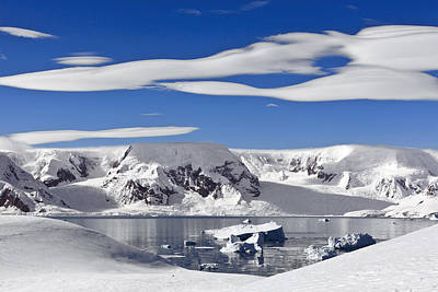 Snow-covered Mountains Antarctica Print by Erik Joosten