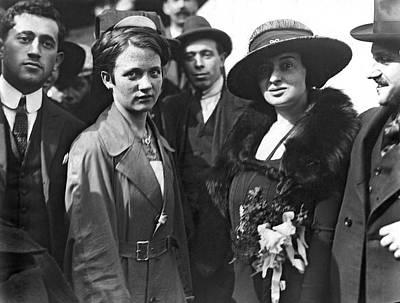 Ellis Island Photograph - Society Women In Steerage by Underwood & Underwood
