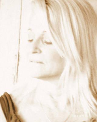 Sel Portrait Photograph - Softness by Sue Rosen