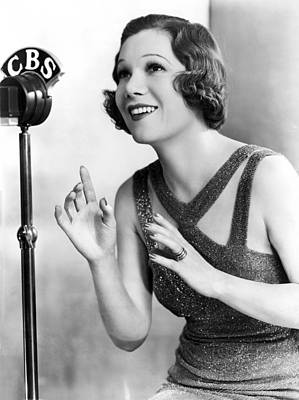 Microphone Photograph - Soprano Vivienne Segal On Cbs by Underwood Archives