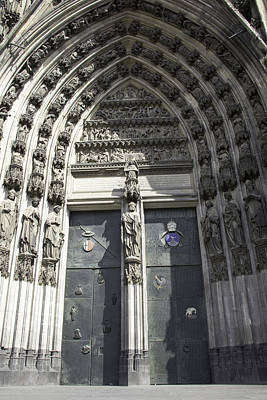 Relief Carving Photograph - South Entrance Main Doors by Teresa Mucha