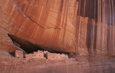 Southwestern Cliff Dwelling In Canyon De Chelly Arizona Print by Julie Magers Soulen
