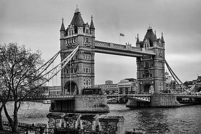 Tower Of London Photograph - Spanning The Thames by Heather Applegate