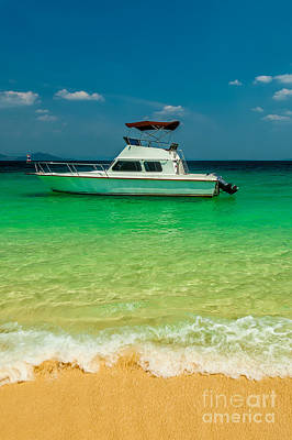 Ko Photograph - Speed Boat by Adrian Evans