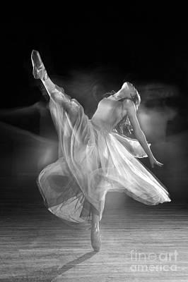 Daydreams Art Photograph - Spirit Dance by Cindy Singleton