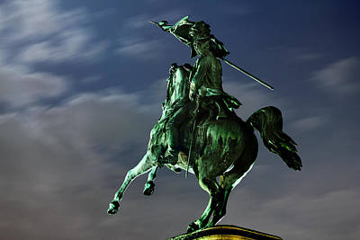 Vienna Photograph - Square Of Heroes - Vienna by Marc Huebner